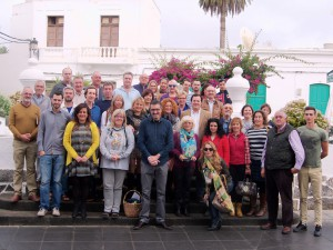 Alcalde, concejales y empresarios asistentes a la presentación del proyecto